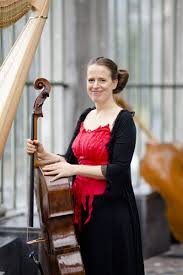 Amy Norrington, violoncelliste